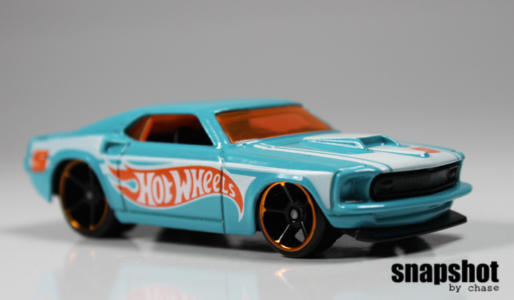 Hot Wheels 69 Ford Mustang